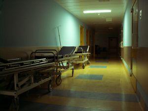 437674_hospital.jpg