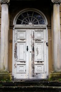 old-doors-1446216-m.jpg