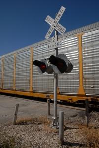 railroadcrossing1.jpg