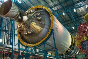 rocket-engine-11742-m.jpg